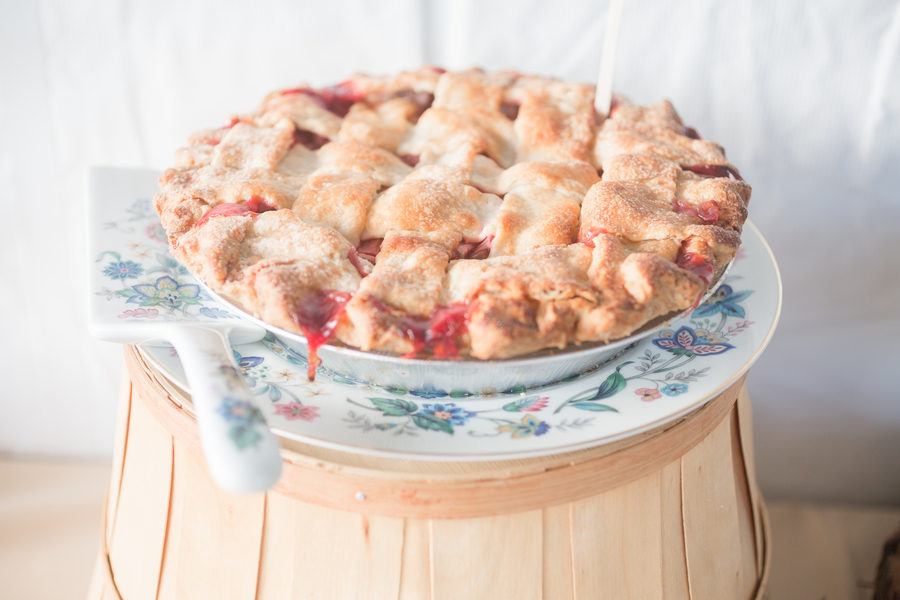 Strawberry Rhubarb Pie-13744