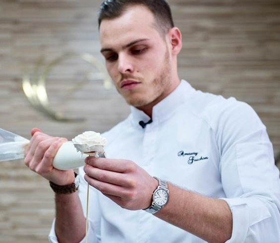 Amaury Guichon, pastry chef, aria