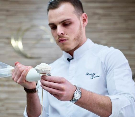 Amaury Guichon, pastry chef, aria