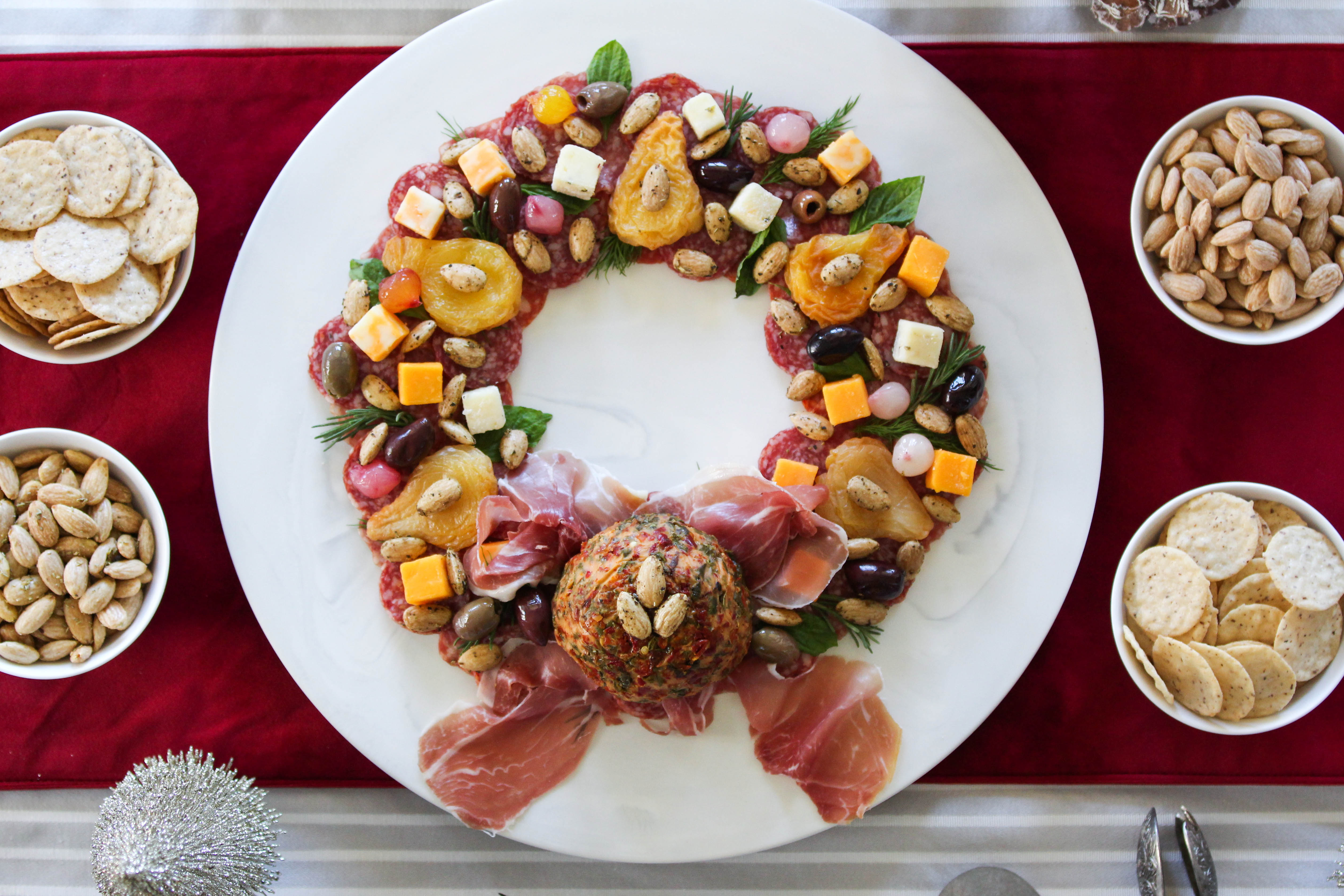 Holiday Wreath Charcuterie Board Tutorial