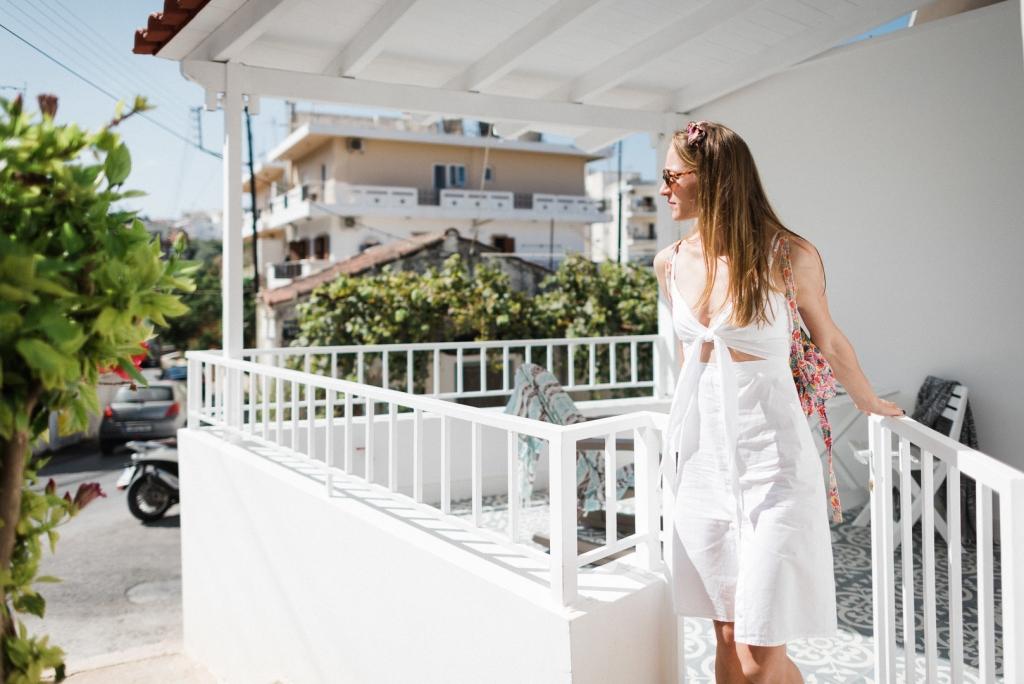 ANDREASMARKAKISPHOTOGRAPHY AMP7179 big 1024x684 - Modern Home Restoration in Crete