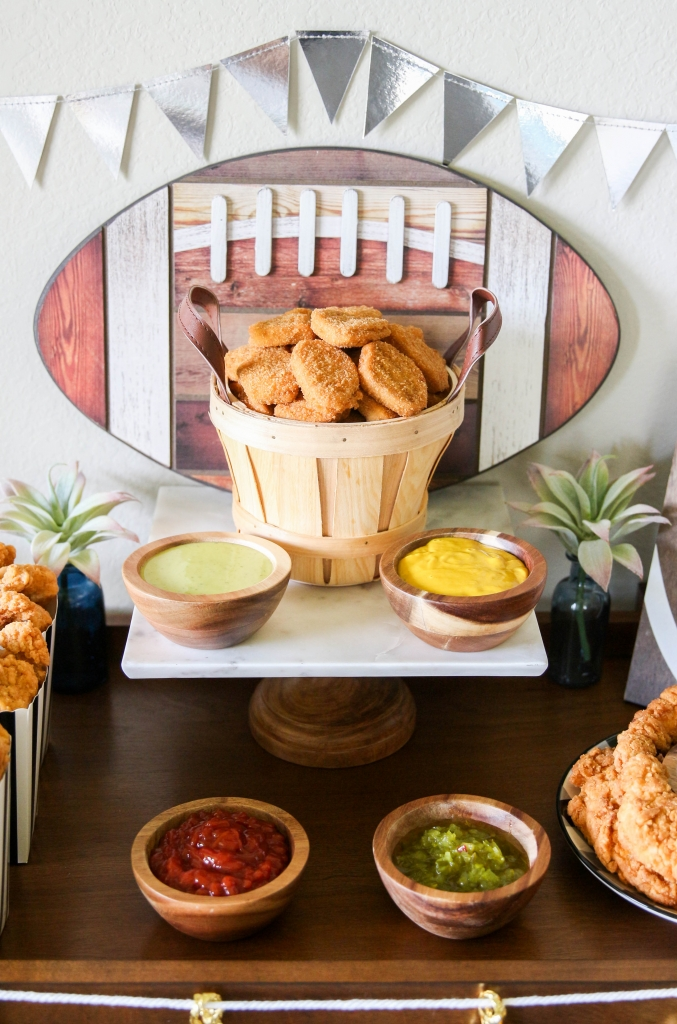 Gameday Chicken Bar for Football Season with Tyson Products at HEB 9 677x1024 - Gameday Chicken Bar for Football Season