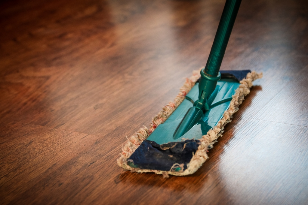 clean cleaning mop 48889 1024x683 - Make Your Home Look Brand New Without Breaking The Bank