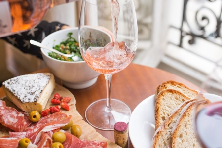 john canelis 0VLn5nrp6hE unsplash 450x300 - The Problem with Some Wine & Food Pairings