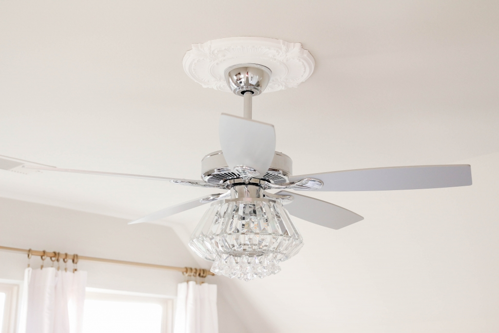 Crystal Chandelier Ceiling Fan The Frosted Petticoat 5 1024x683 - Home & Design: Crystal Chandelier Fan