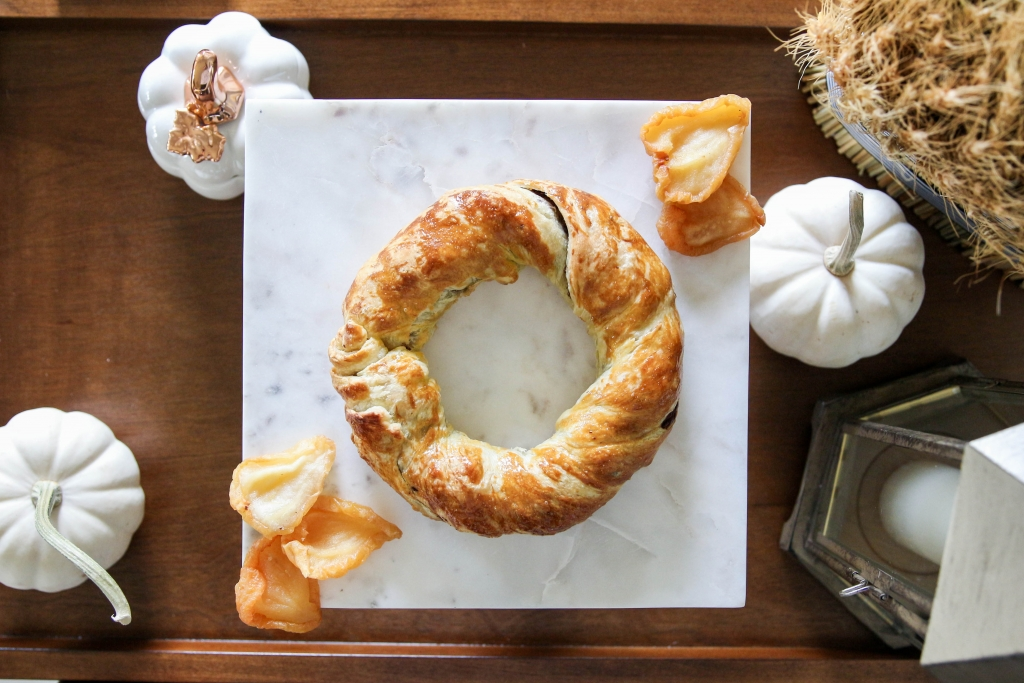 Chocolate Pear Pastry Wreath featuring American Heritage Chocolate 15 1024x683 - Chocolate & Pear Pastry Wreath