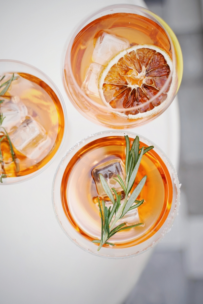 olena sergienko JjGLEN7T8xI unsplash 683x1024 - Create the Best Drinks at Home for More Exciting Beverages