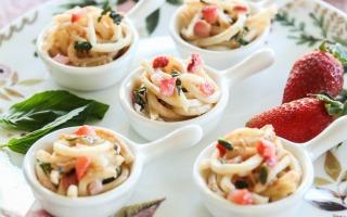 Springtime Udon Soup Tasters