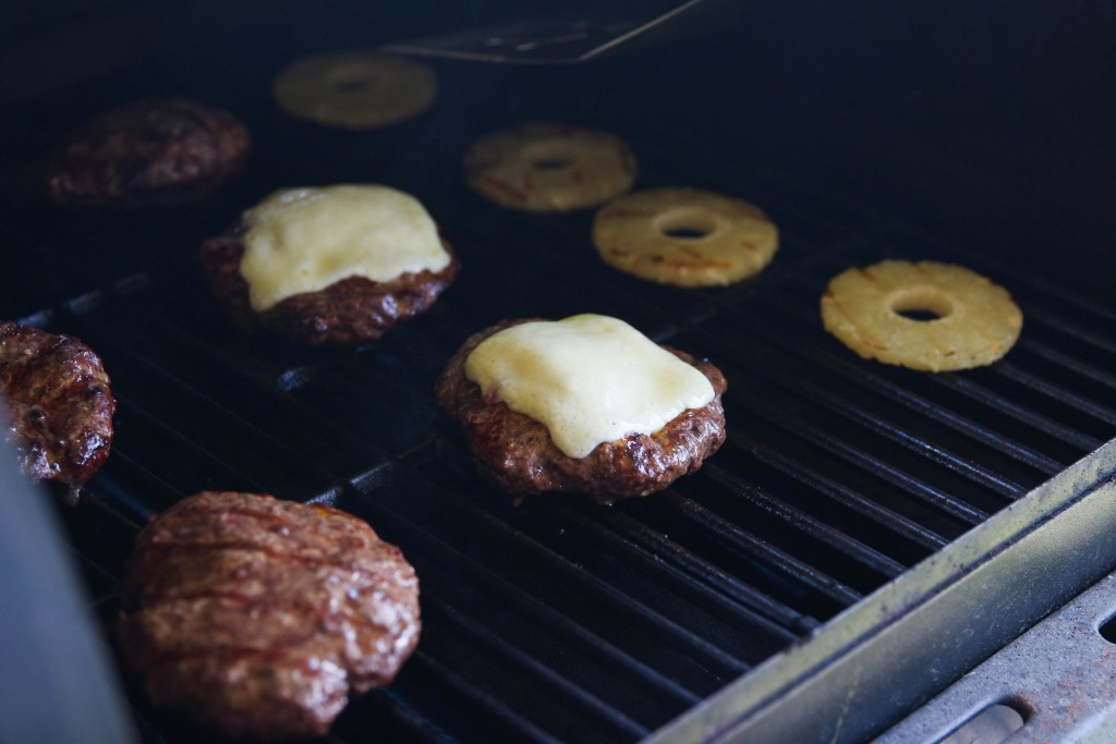 Hawaiian Havarti BBQ Bison Burgers with Castello Cheese 8 1024x683 - Hawaiian Havarti BBQ Bison Burgers