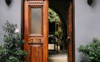 opened brown wooden french door 1544420 1 320x200 - 5 Ways To Expand Your Living Space