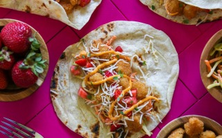 Strawberry Sriracha Popcorn Shrimp Tacos