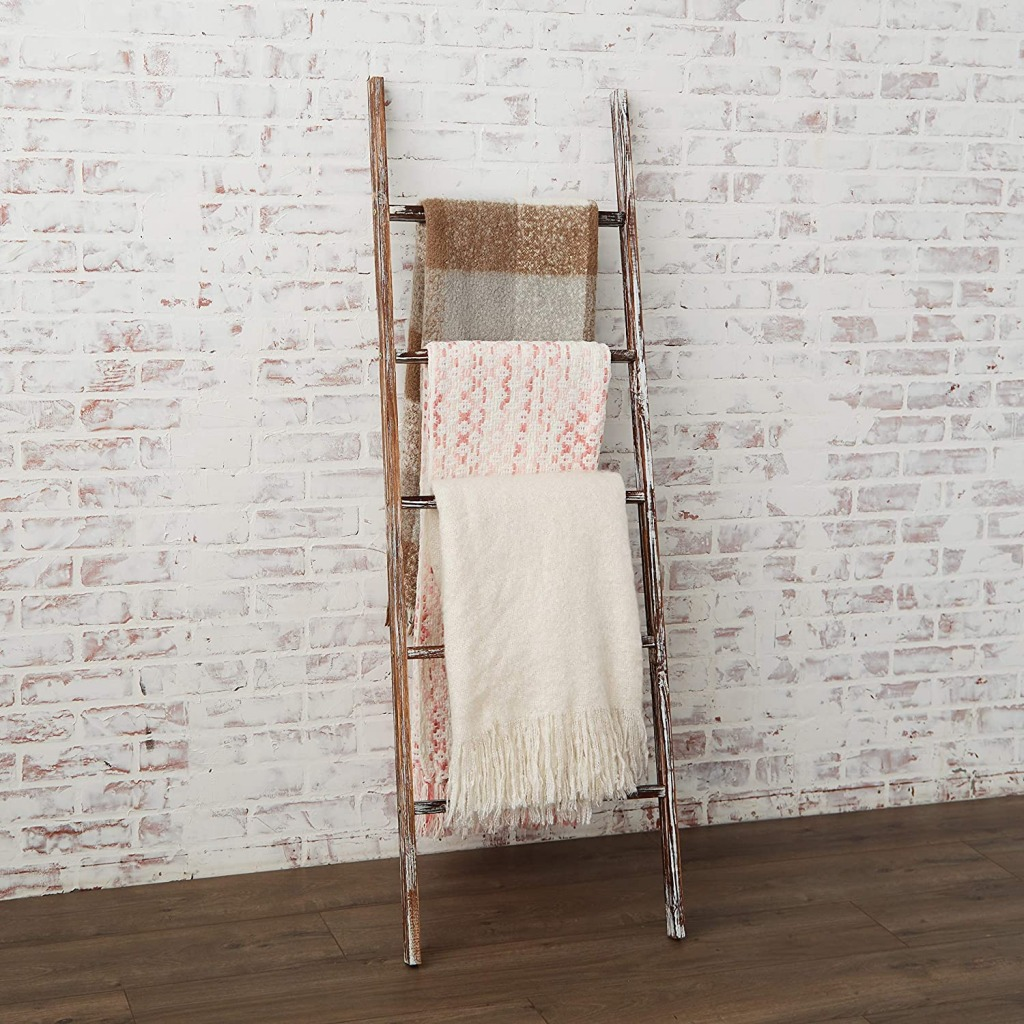 Blanket Ladder 1024x1024 - Autumn Essentials Every Homeowner Needs!