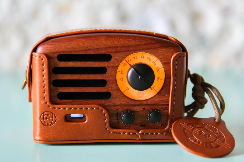 Muzen Retro Bluetooth Speaker 7 1024x683 - Whimsical Design Pick: Muzen Retro Bluetooth Speaker