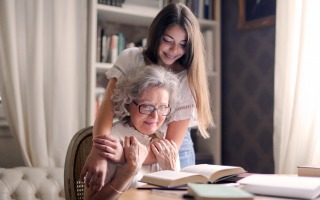 pexels andrea piacquadio 3768168 320x200 - Helping Your Elderly Loved One Throughout the Pandemic