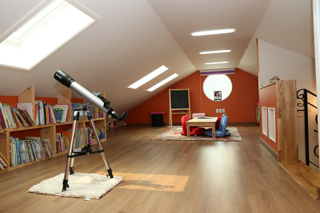 homes for sale 326991 1920 1024x683 - Creating A Home Fit For Family Life: How To Make Your Living Space More Versatile