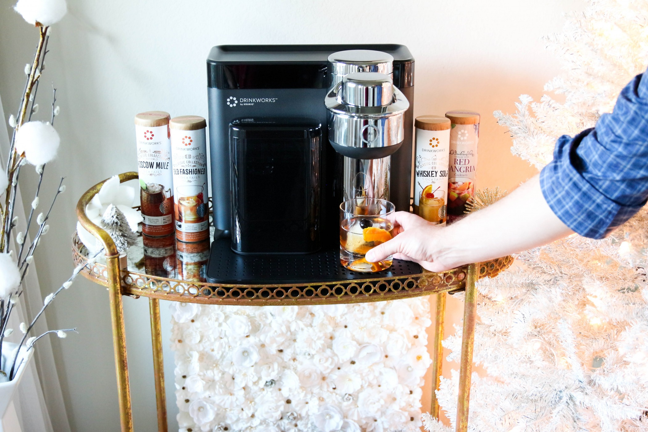Playtime with Drinkworks Home Bar by Keurig + Classic Holiday Music