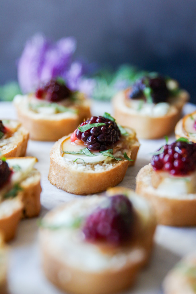 Sweet Pear Goat Cheese Crostinis The Frosted Petticoat 9 683x1024 - Sweet Pear & Goat Cheese Crostinis with Schär